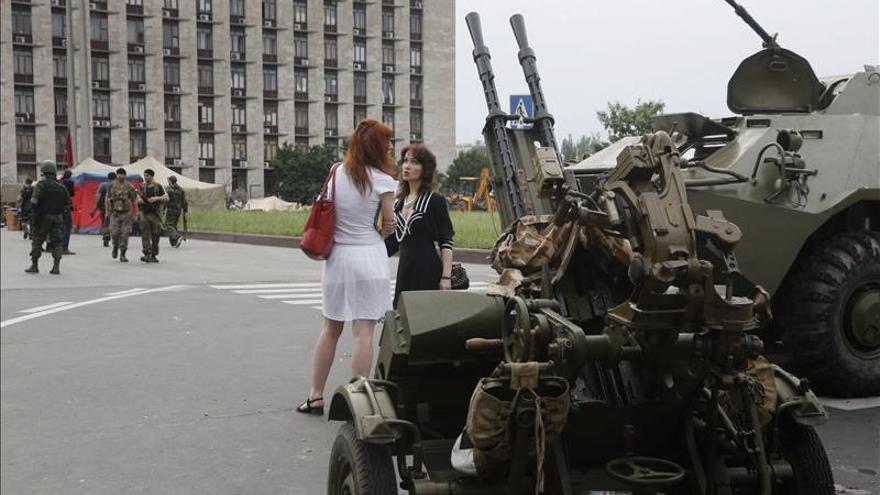 Los prorrusos derriban un avión con 30 militares ucranianos a bordo en Lugansk