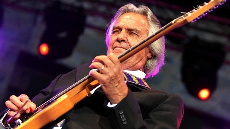 John McLaughlin actuará en Valencia el 8 julio y será investido honoris causa
