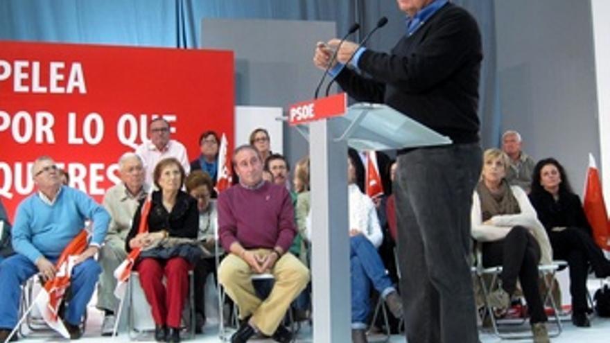 El Expresidente Del Gobierno Felipe González En Un Mitín En Utrera (Sevilla)