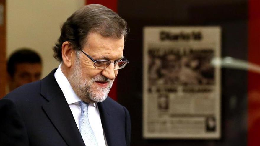 El Gobierno sube el salario mínimo 6,6 euros para 2016, hasta 655,20 euros