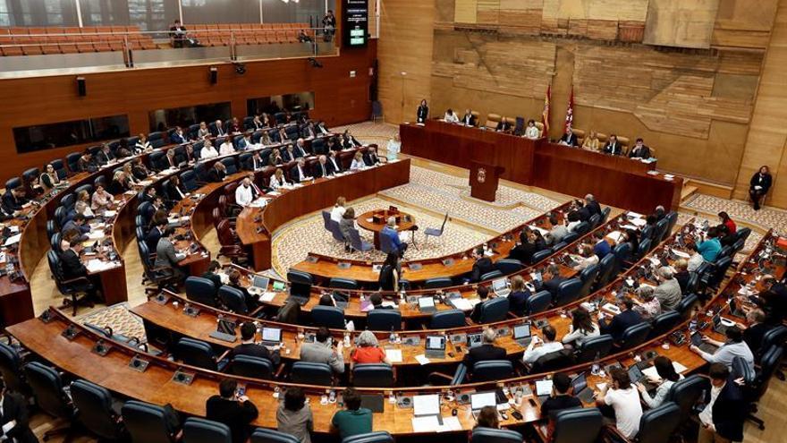 La Asamblea de Madrid desconvoca el pleno de mañana tras la dimisión de Cifuentes
