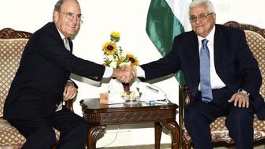 """Netanyahu afirma que su encuentro con Mitchell ha sido """"constructivo"""""""