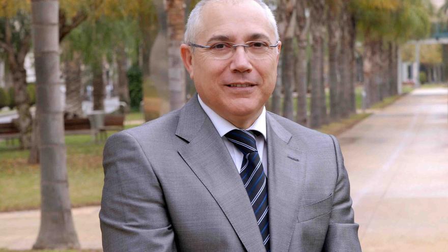 Juan Julià, rector de la Universidad Politécnica de Valencia y vicepresidente ejecutivo de la CRUE.