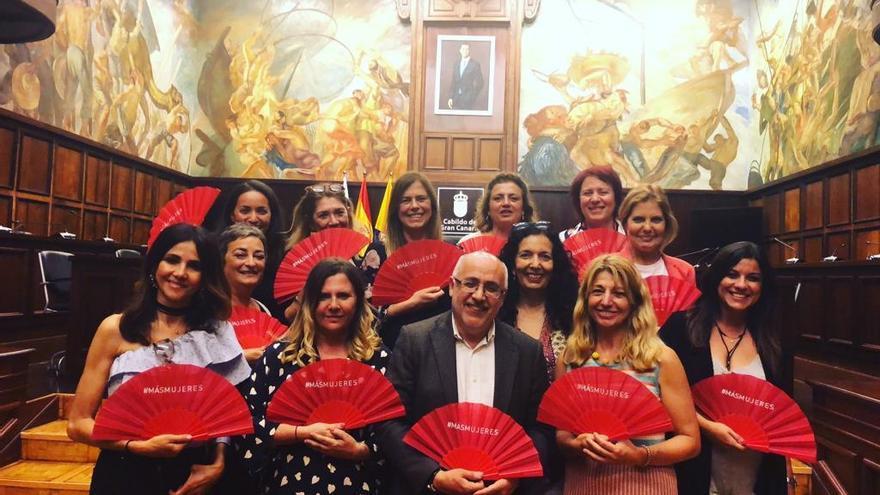 Presentación de la Asociación de Mujeres Cineastas y Medios Audiovisuales (CIMA) en Gran Canaria.