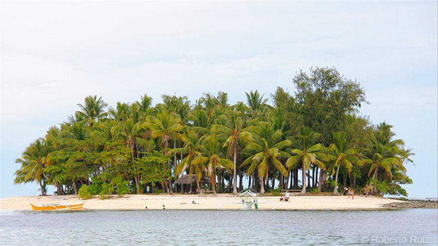 La isla Guyam es uno de esos pequeños paraísos que se pueden visitar desde Siargao.