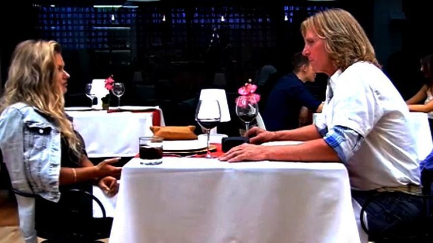 Pocholo ligó en 'First Dates' con una ucraniana: '¡Espabila, que se nos va la vida!'