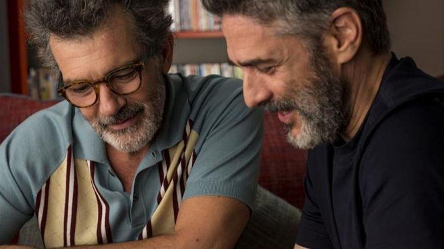 Así aparece el colectivo LGTBI en las series y películas españolas: un 6,2% de personajes, predominan los hombres gays y solo cuatro son trans