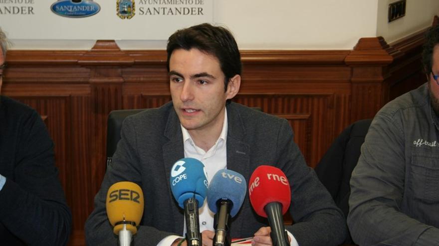 El secretario general del PSOE y portavoz municipal, Pedro Casares.