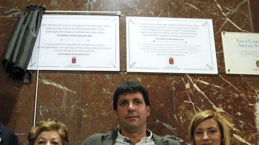 El primer homenaje a víctimas de ETA en un consistorio de EH Bildu