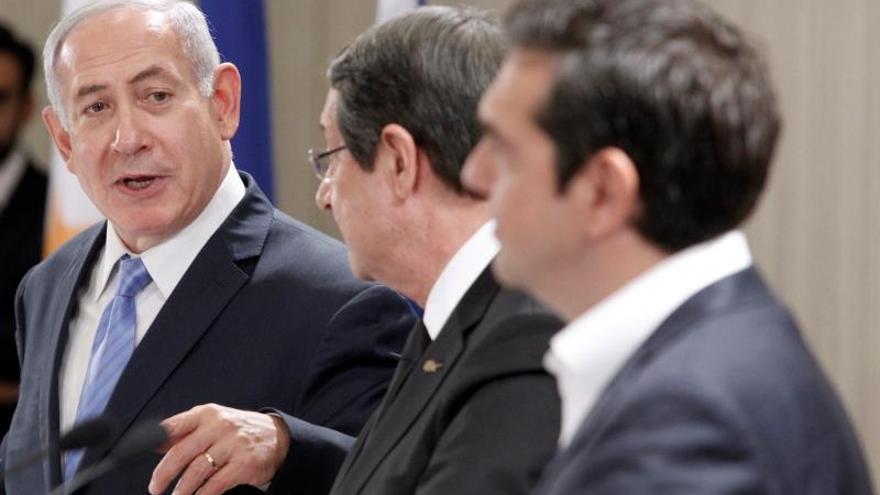 Chipre, Israel y Grecia se comprometen a firmar un acuerdo para el gasoducto en 2018