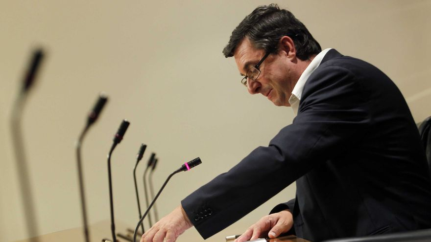 """Centella (IU) pide explicaciones a UGT y espera que se abra una """"nueva etapa"""" en Andalucía tras Griñán"""