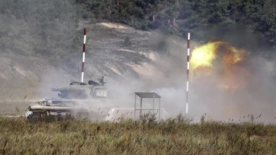 Militares ucranianos y prorrusos se acusan de violar el alto el fuego