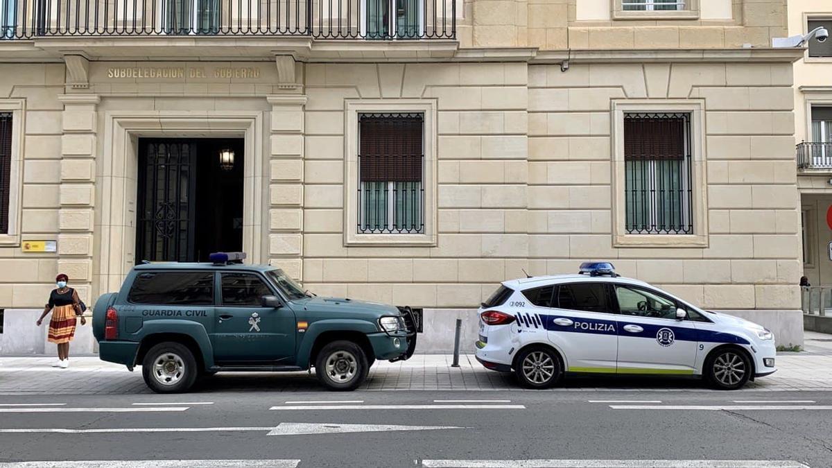 Una patrulla de la Guardia Civil, en Vitoria