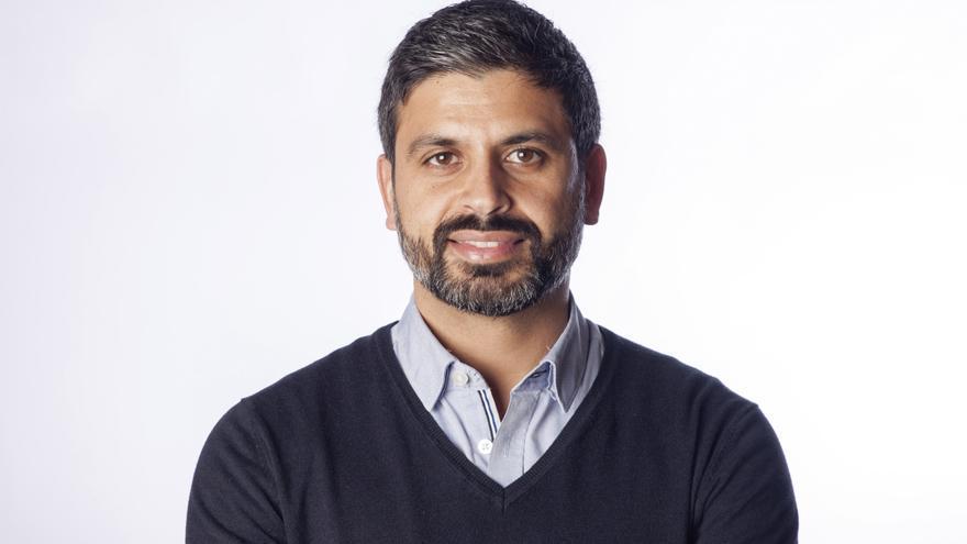 El periodista Nicolás Castellano, autor de 'Me llamo Adou'