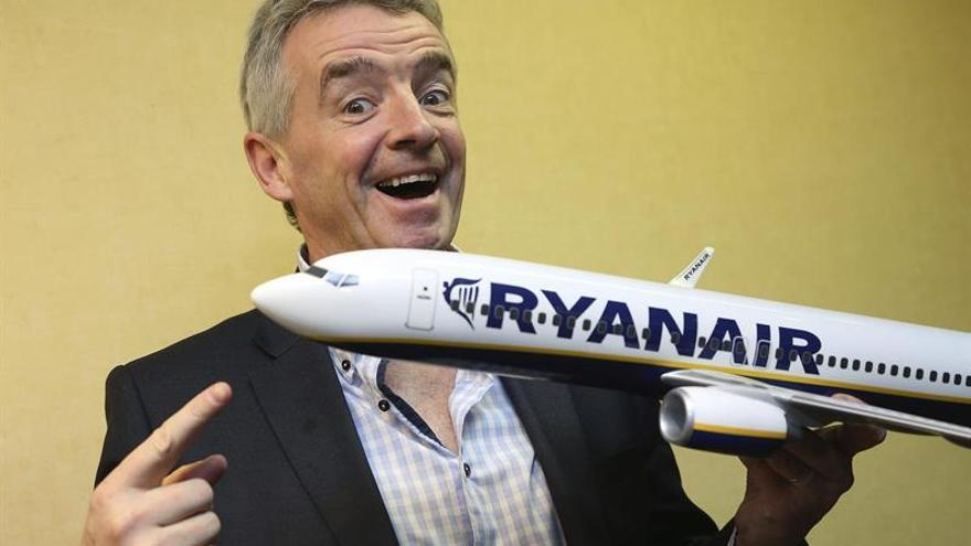 Fomento anuncia un expediente informativo a Ryanair por la cancelación de vuelos