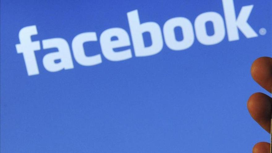 Facebook compra la aplicación de mensajería WhatsApp por 19.000 millones de dólares