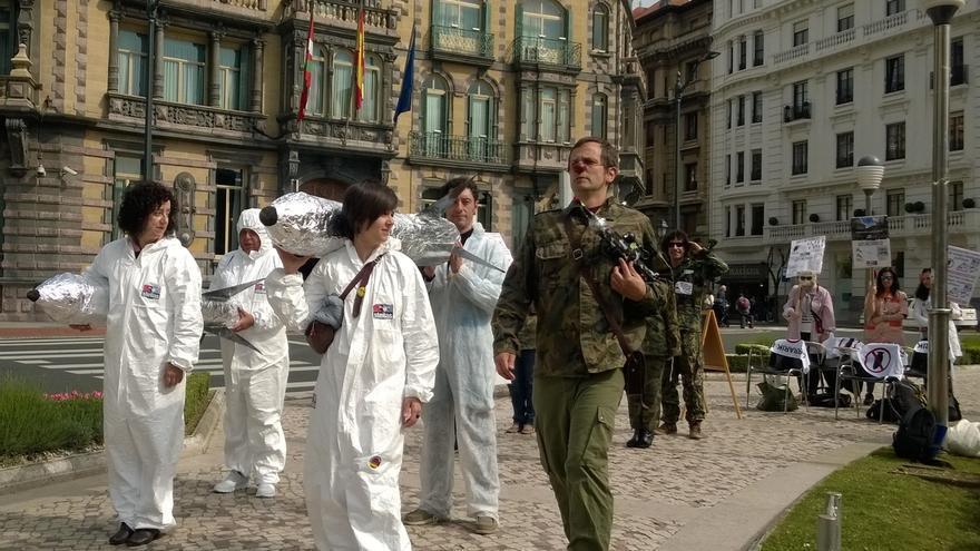 """Kakitzat y Steilas denuncian el incremento del gasto militar """"mientras se recorta"""" el presupuesto para educación pública"""