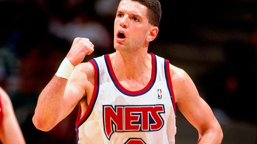 Petrovic, en un gesto característico con los Nets.