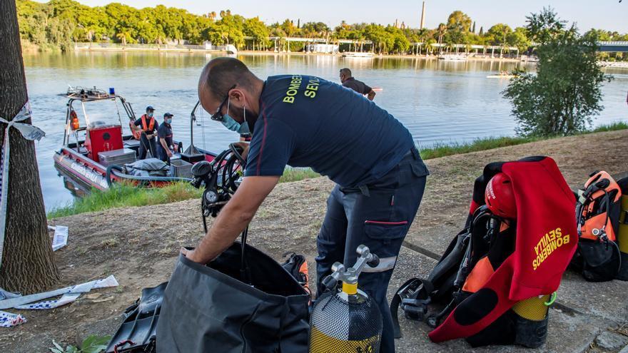 Hallan el cadáver de un joven que buscaban en el río Guadalquivir