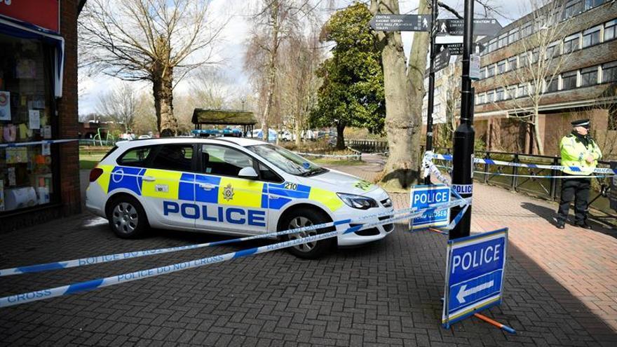 Mejora el policía intoxicado en Salisbury, pero el exespía ruso sigue grave