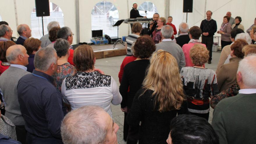 Reunión de jubilados en el ayuntamiento de Cervo