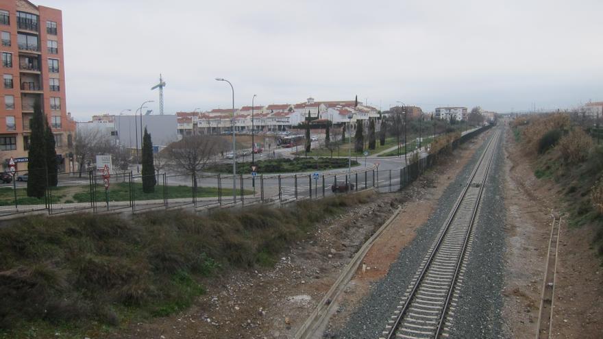 Empleados de ADIF y Renfe se concentran este jueves por una posible reducción de trayectos entre Almería, Granada y Jaén