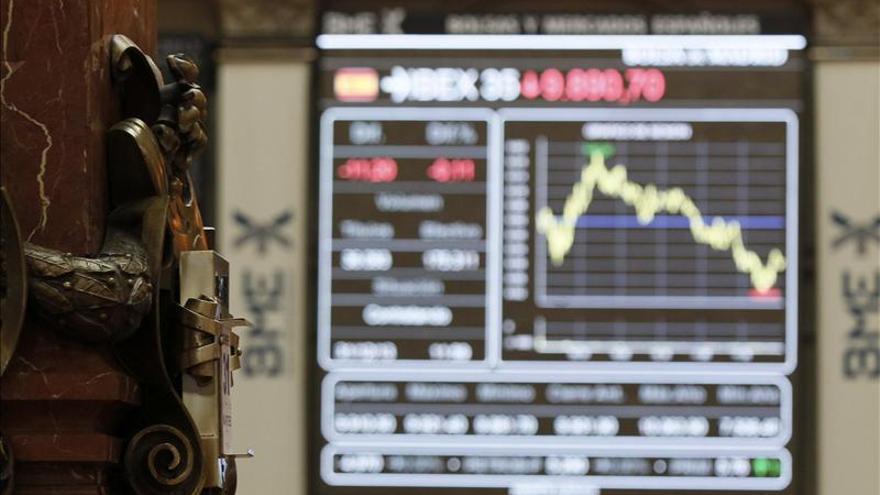 La Bolsa española comienza el año al alza y el IBEX supera los 9.900 puntos