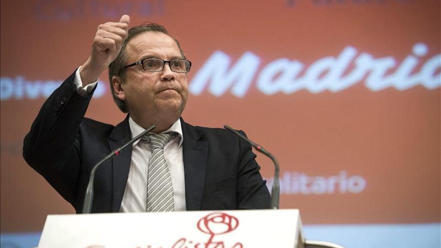 Miguel Carmona.