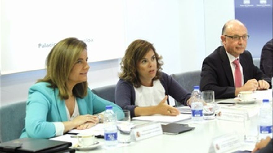 Fátima Báñez, Soraya Sáenz de Santamaría y Cristóbal Montoro