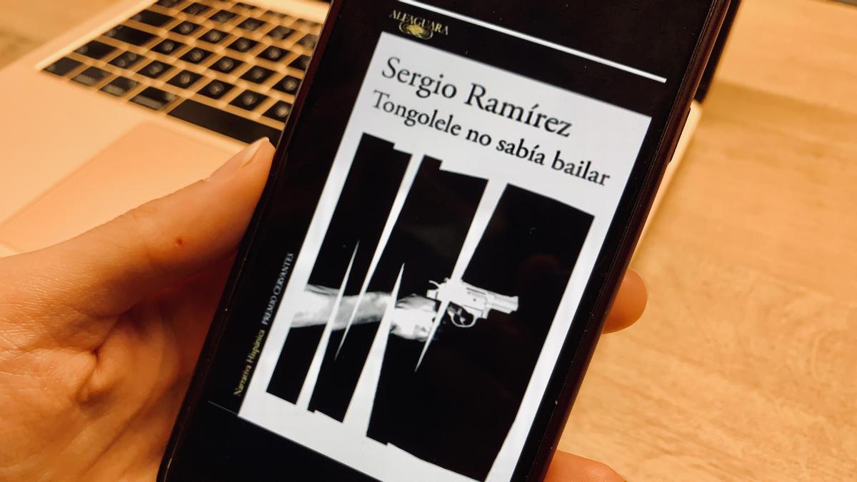 'Tongolele no sabía bailar', el libro de Sergio Ramírez secuestrado en Nicaragua