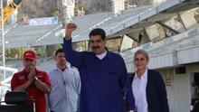 FotografÍa cedida por prensa de Miraflores donde se observa al presidente venezolano Nicolás Maduro durante un acto de gobierno este martes, en la ciudad de La Guaira (Venezuela).
