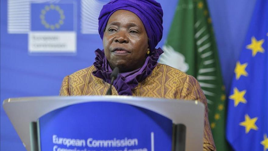 """La Unión Africana condena los """"cobardes"""" y """"despreciables"""" atentados de París"""