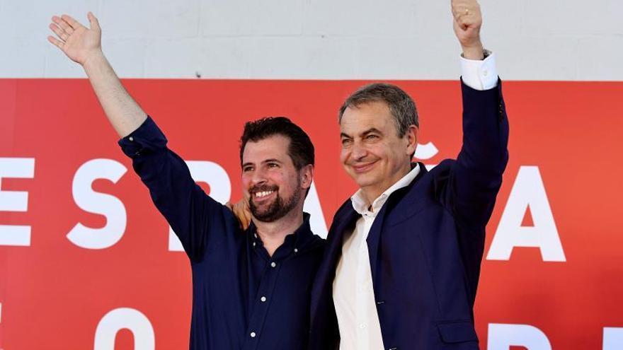 """Zapatero echa de menos a Rajoy ante el """"desaforado"""" PP de la actualidad"""
