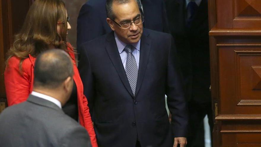 La oposición fujimorista fuerza la salida del segundo ministro en un mes en Perú