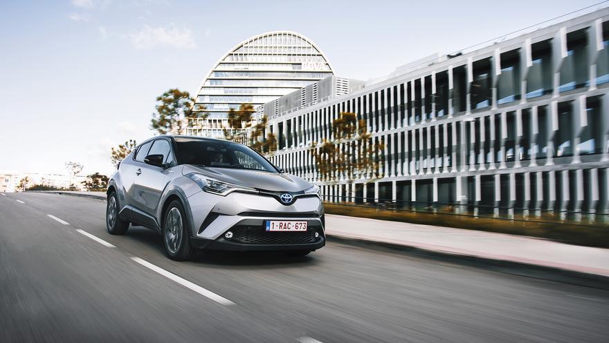 Diseño y tecnología híbrida como factores diferenciales del Toyota C-HR.
