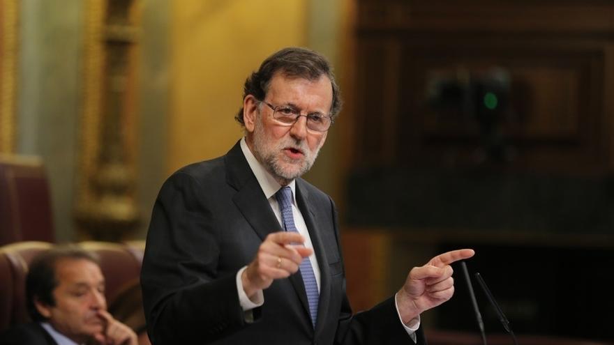 """Rajoy evoca en Sant Jordi el diálogo de Espriu ante quienes buscan """"romper la convivencia"""""""