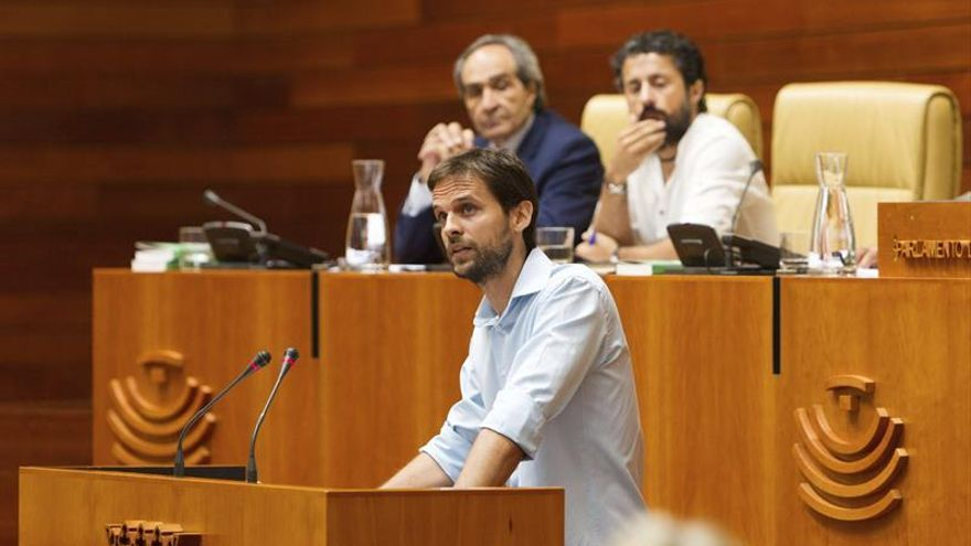 Álvaro Jaén gana las primarias y seguirá liderando Podemos en Extremadura