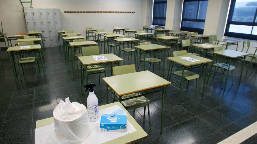 Detalle de un aula vacía. EFE/Salvador Sas/Archivo
