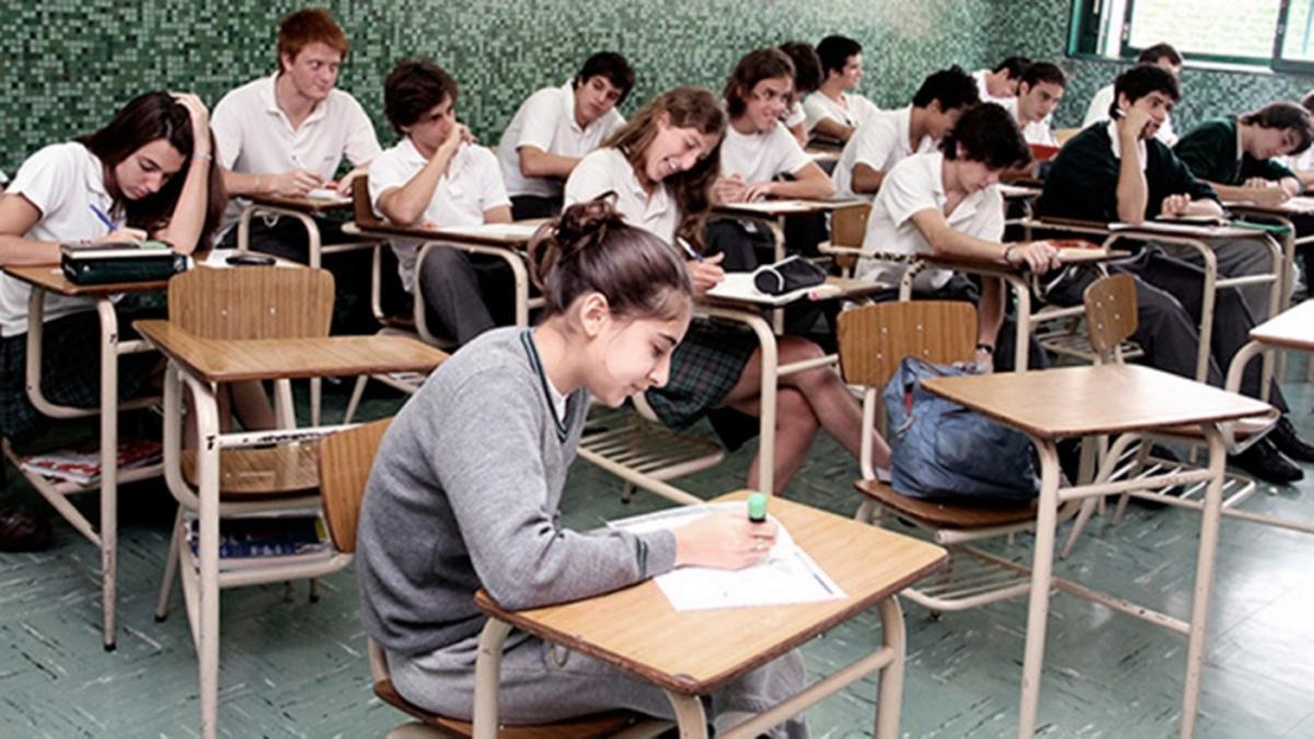 Hay becas para estudiantes de nivel primario, secundario e universitario
