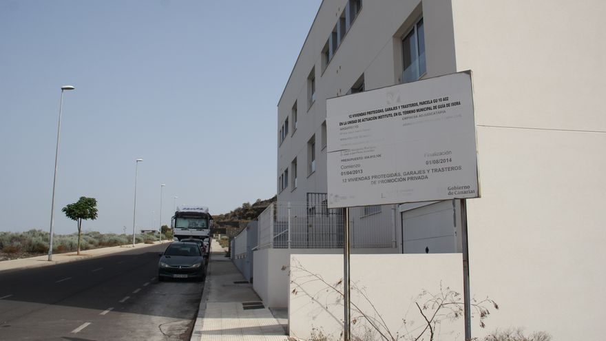 Edificio con los 12 pisos sociales del Gobierno de Canarias aún sin adjudicar en el casco de Guía de Isora