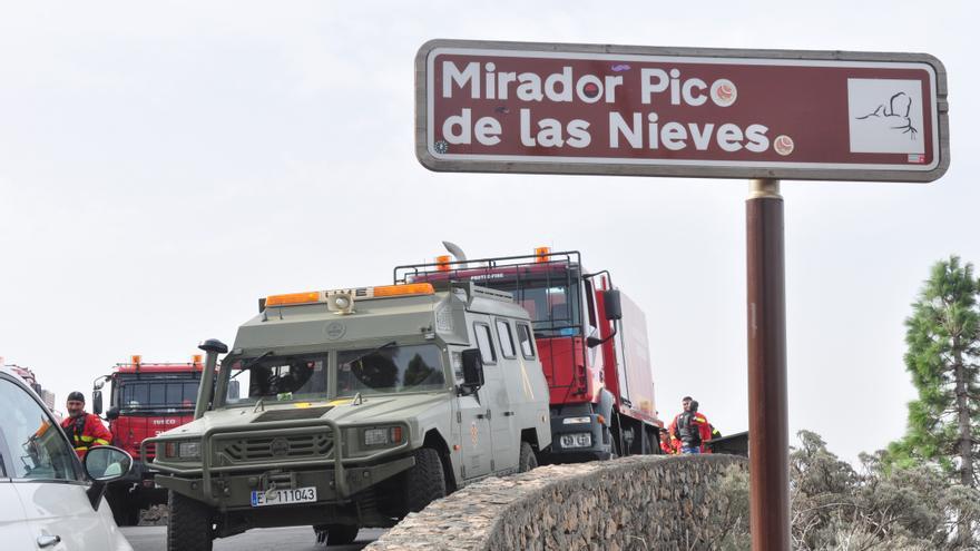 Efectivos de la UME en el Pico de las Nieves