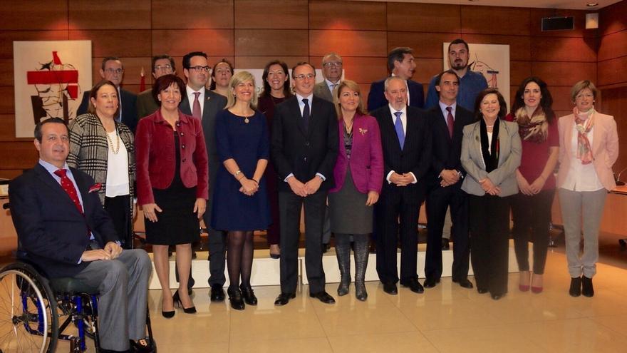 Canarias pide al Gobierno que aporte la parte que le corresponde para financiar los servicios de la dependencia