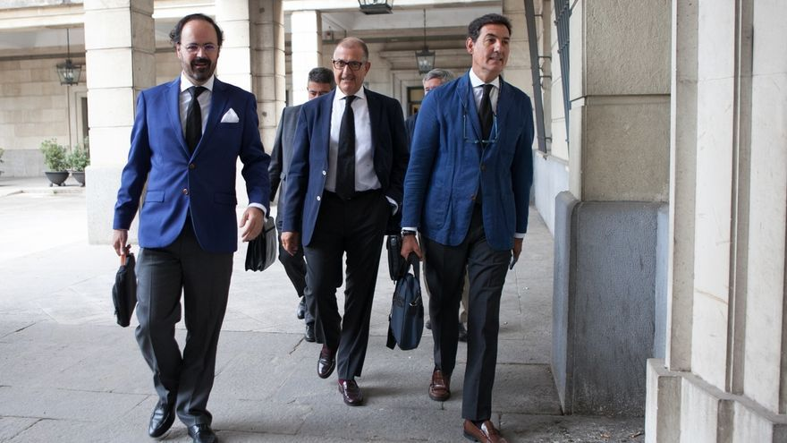 El juicio de los ERE continúa este lunes con las preguntas de Manos Limpias y las defensas a los peritos