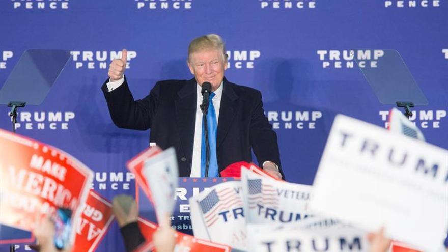 Trump pelea por el último voto en una gira frenética por cinco estados clave
