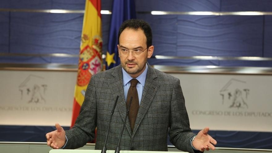 El PSOE lleva al próximo Pleno del Congreso una iniciativa vetada por el Gobierno sobre trabajadores de subcontratas