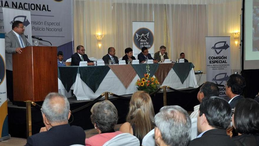 Abogan por que depuración Policía hondureña sea permanente y Fiscalía actúe