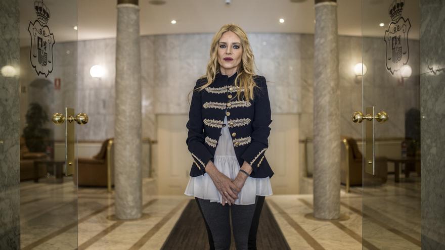 Ángeles Carmona, a las puertas de la sede del Consejo General del Poder Judicial.
