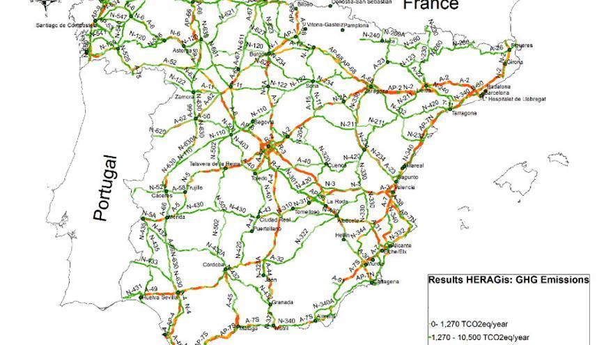 Mapa de carreteras estatales y emisiones: en rojo los tramos en los que más CO2 se emite.