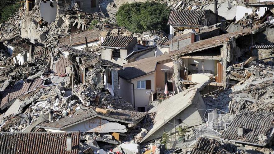 Colegio y casas de madera, una prioridad tras el terremoto de Italia