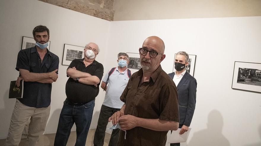 La exposición incluye fotografías de los fotoperiodistas valencianos José Aleixandre y Manuel Molines, y otros elementos audiovisuales del grupo de estudio GREDIS.